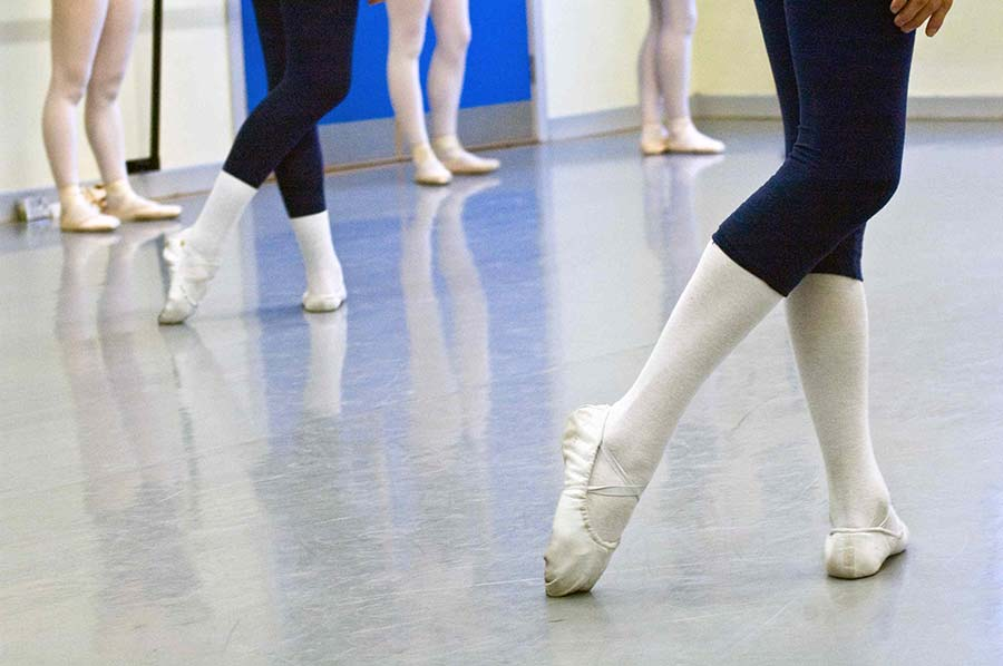 Dancing on pointe